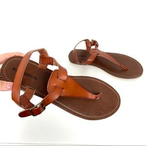 Mossimo Supply Co brown thong ankle sandals
